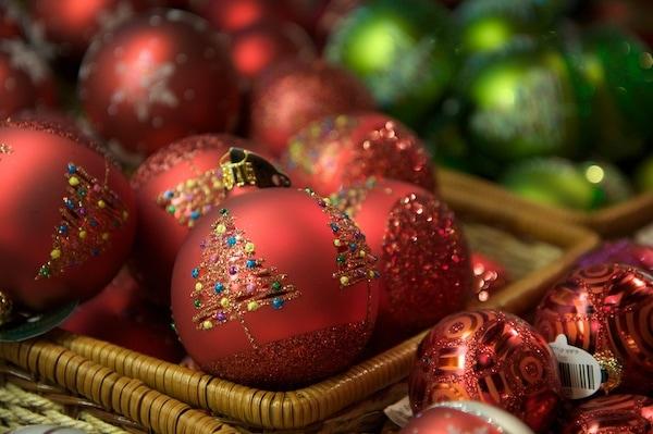 Christmas ornaments tree