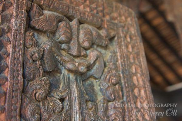 wood carving sri lanka