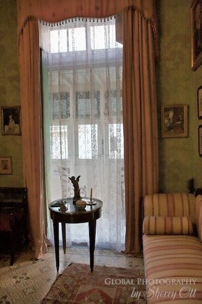 malta house balcony