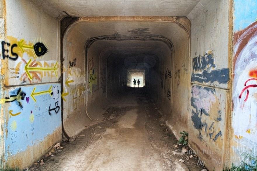 camino trail underpass