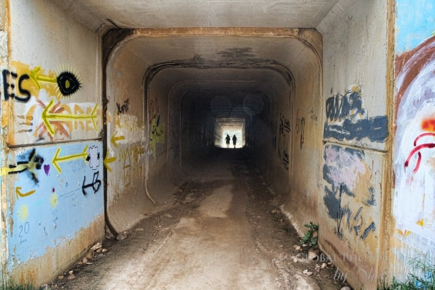 camino trail underpass