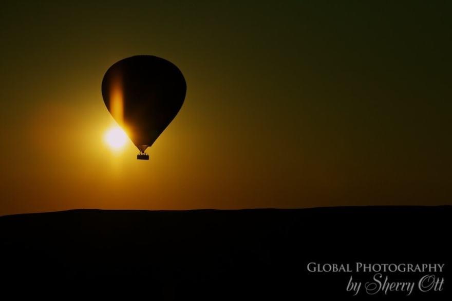 hot air balloon sunrise turkey