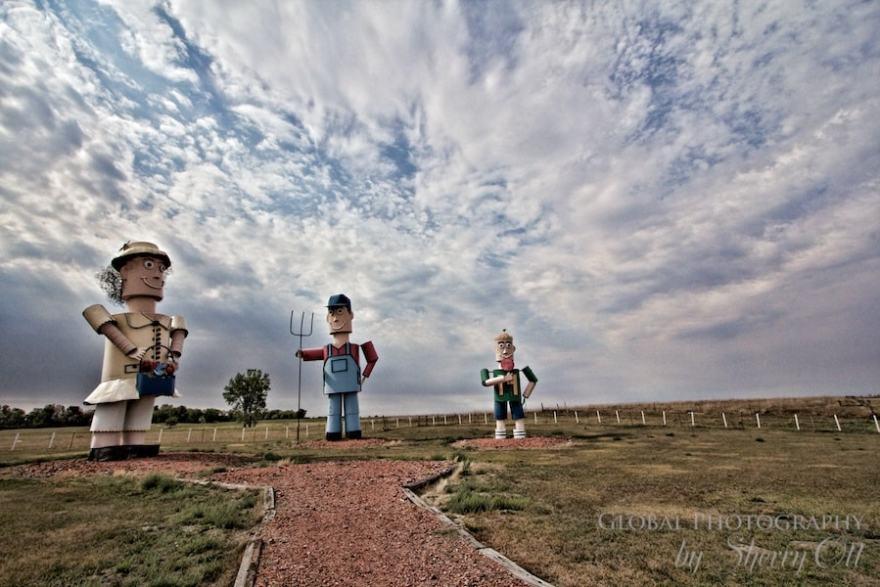Enchanted Highway North Dakota Giant tin family