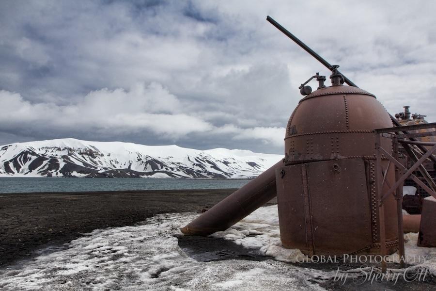 Abandoned machinery deception island