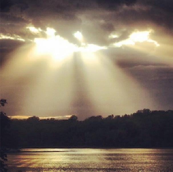 Sunset light rays