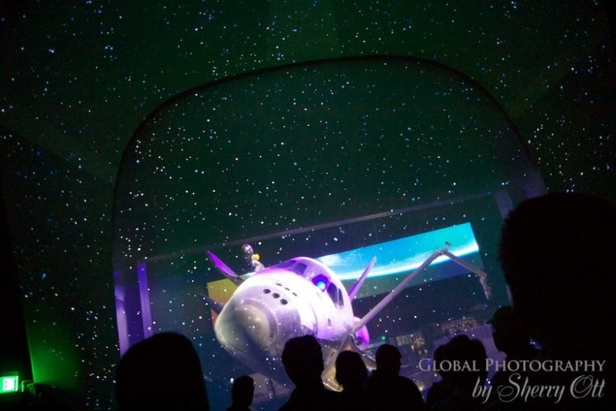 Atlantis exhibition pictures