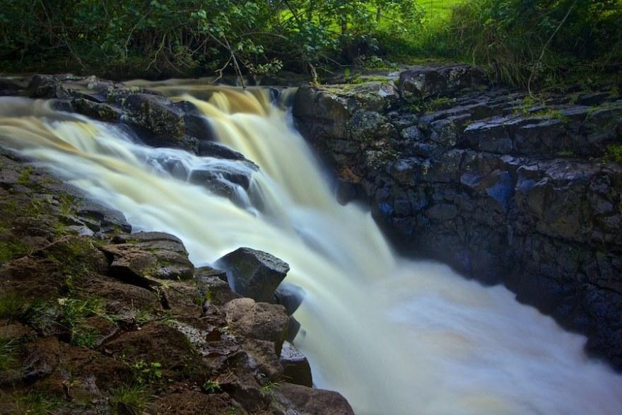 photographing waterfalls kauai