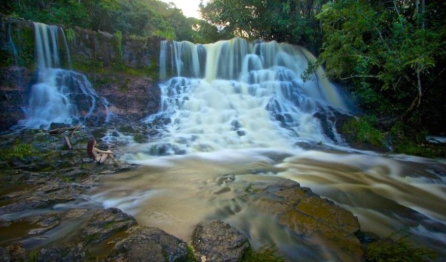 photographing Hoopii falls