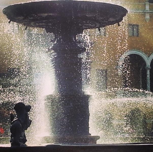 Fountain Plaza Mayor Lima