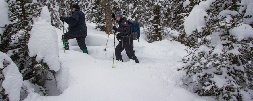 hiking clothes in winter