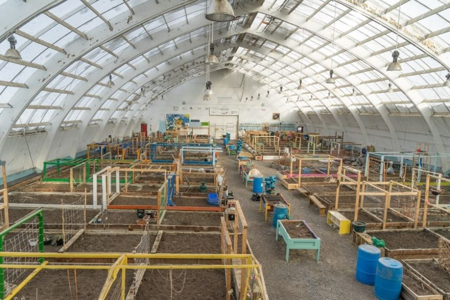 Inuvik Canadian Arctic greenhouse