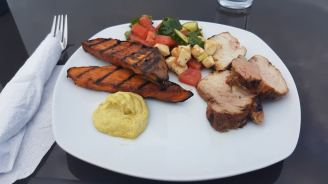 houseboat vacation food