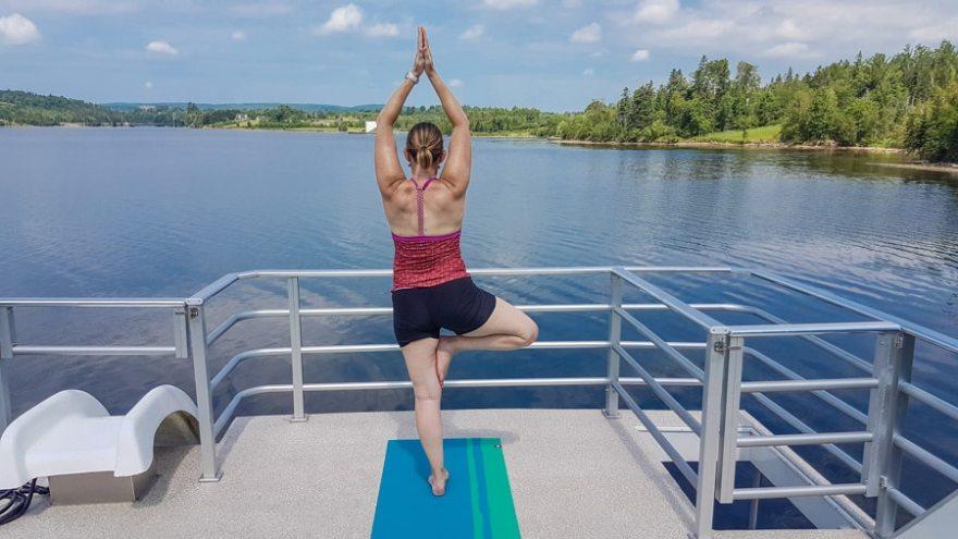 houseboat yoga