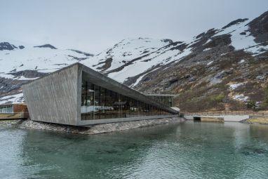 Norway Road Trip trollstigen visitor center