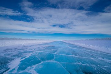 Travel to the Arctic in the winter