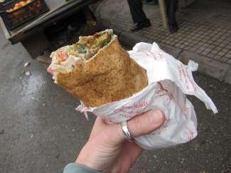 falafell sandwish lebanon