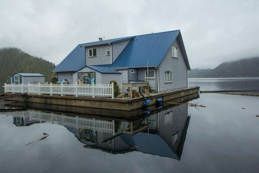 sullivan bay floating house