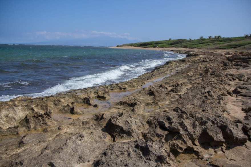 Shipwreck beach tidepools lanai island