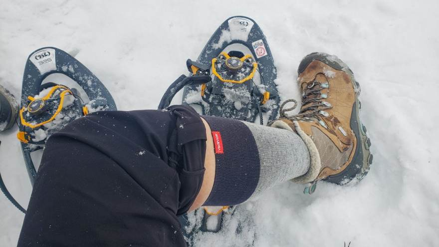 what I wear snowshoeing