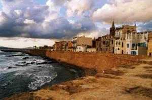 La ville medievale d'Alghero en Sardaigne.
