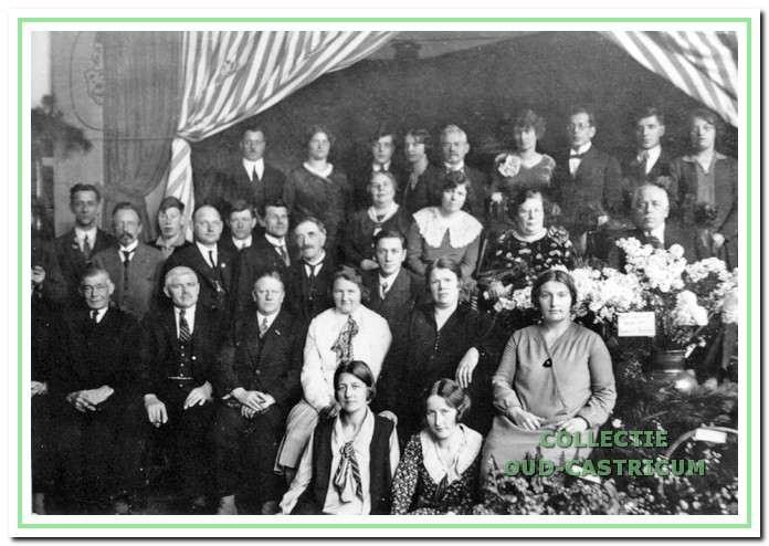 Jubileum van meester Nijsen in de Duinrandschool.