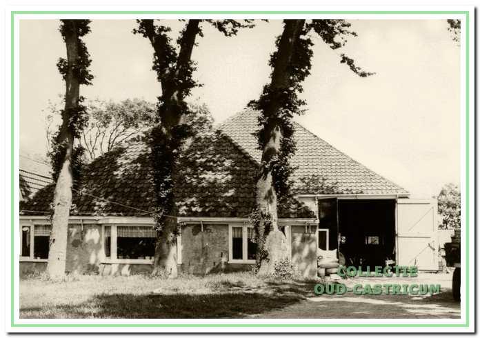 De boerderij van Piet Borst (zie 48).