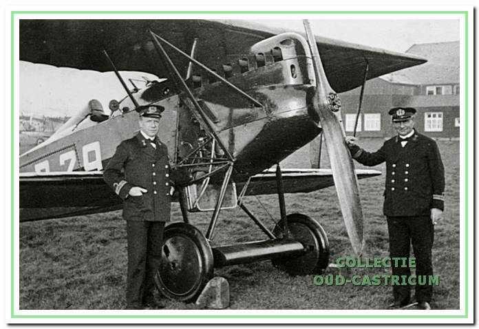 Albert Rommel (rechts) bereikte de rang van kapitein-luitenant ter zee.