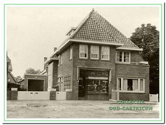 Bakkerij Juffermans, Dorpsstraat 80, ca. 195o0.