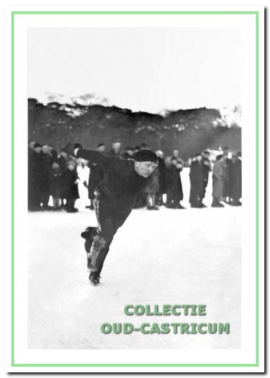 Schoenmaker Gerbrand Heine tijdens een korte-baanwedstrijd.