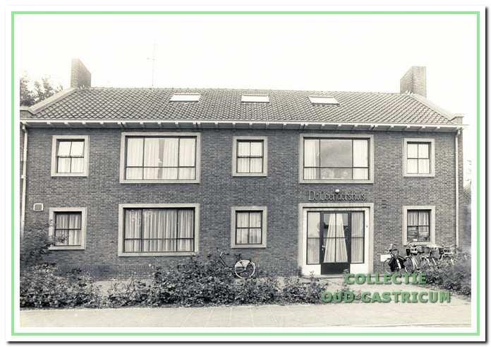Het dokter Leenaershuis aan de Mient 82 in Castricum.