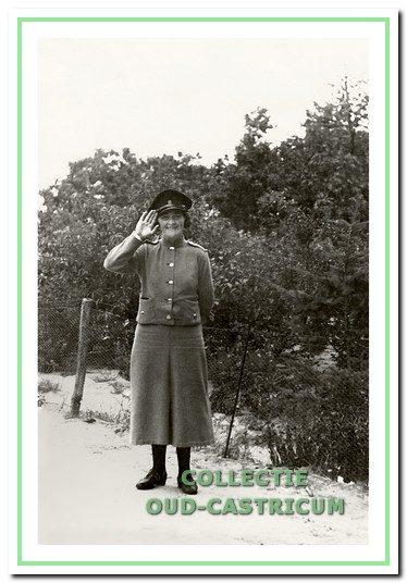 Marie Brakenhoff hield toezicht op het kampeerterrein.