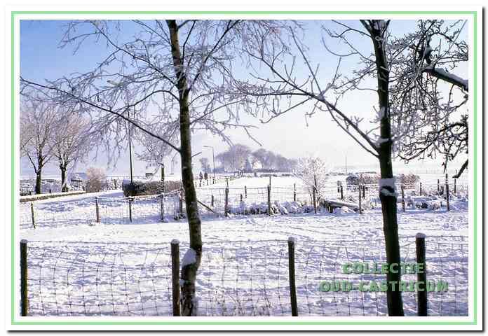Winterlandschap rond het Cronenburgerlaantje in de verte boerderij Kronenburg,