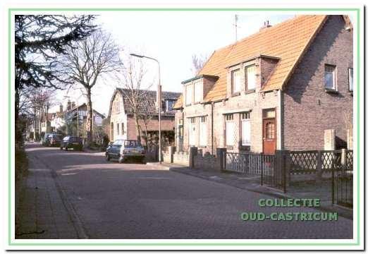 De huizen aan de noordzijde van Dr. Jacobilaan: 3, 5 en 7.