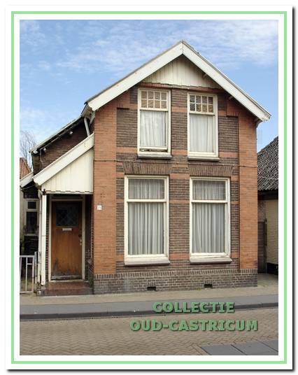 Woonhuis in de Burgemeester Mooijstraat 25 van de familie Res.