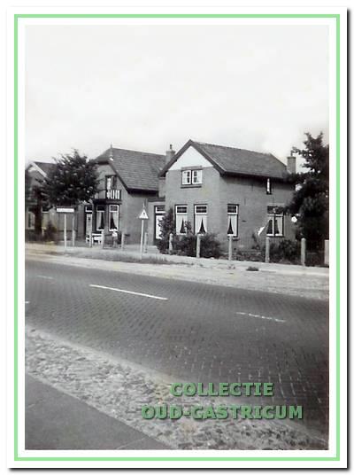 Het pand Dorpsstraat 148 (voorheen Alkmaarderstraatweg 42) omstreeks 1963; in 2011 werd het afgebroken.