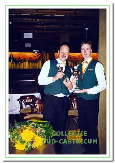 Marcel Klomp werd in 1999 eerste in de 5e klasse libre. Links clubgenoot Eric Hansman.