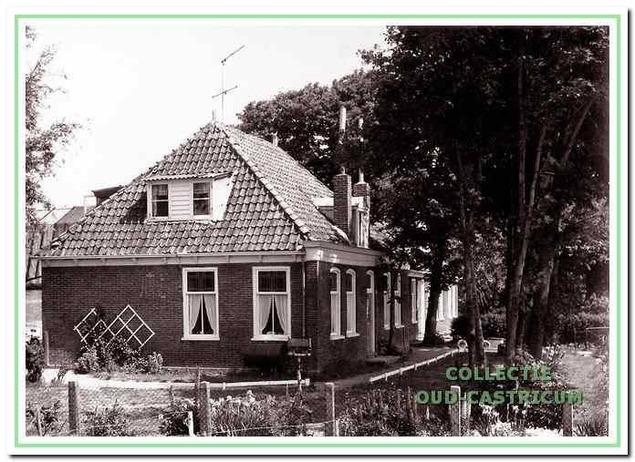 Alkmaarderstraatweg 50, het geboortehuis van Bram Borst; ook het huis waar hij op 88-jarige leeftijd is overleden.