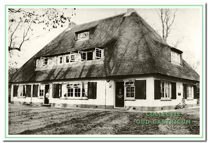 Het prachtige theehuis Johanna's Hof.