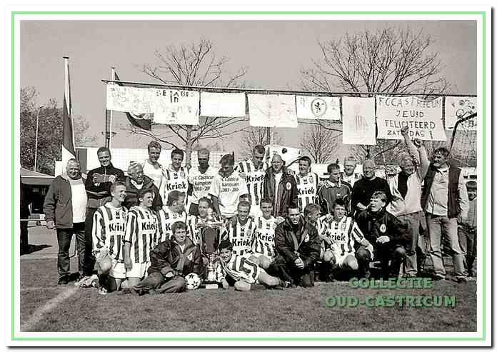 Het zaterdagteam van de football club behaalde haar eerste succes in 2004: kampioen en promotie naar de 2e klasse KNVB.