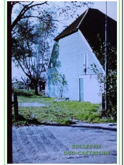 De boerderij, een onvolledige stolp met hooiberging en stal, in 1975.