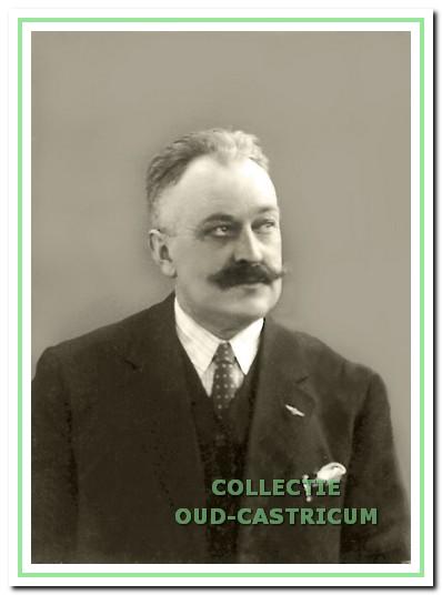 Directeur Baas in 1931. Hij was toen 25 jaar aan de fabriek verbonden.