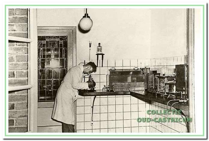 Laboratorium van de melkfabriek.