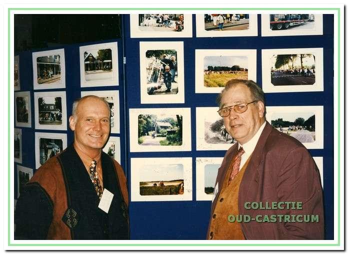 Door mevr. Karla Stuifbergen werd de collectie Jaap Stuifbergen geschonken aan Oud-Castricum. Deze collectie omvat vele honderden dia's en foto's. Dit materiaal - met beelden van ons vroegere dorp - is vooral gebruikt voor de vele dia-avonden die Jaap Stuifbergen (links) samen met Loek Zonneveld (rechts) heeft georganiseerd voor de inwoners van Bakkum en Castricum.