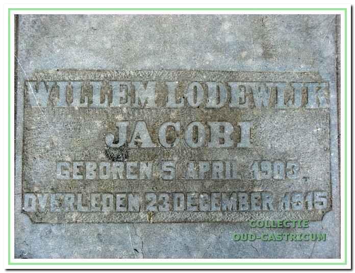 Tekst op de grafplaat van Willem Lodewijk Jacobi.<