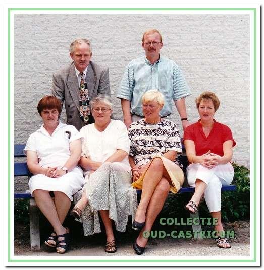 De dagelijkse leiding van Zorgcentrum Castricum midden jaren 1990.