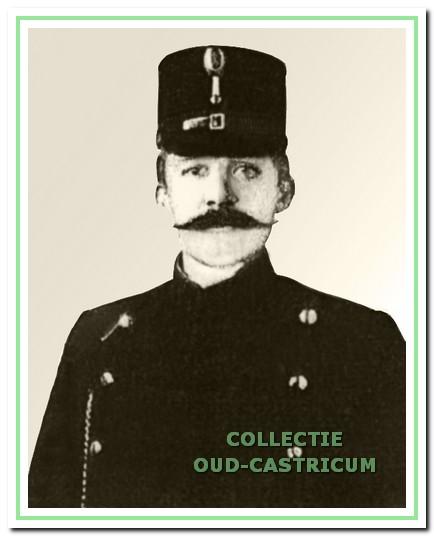 Pieter Bleijendaal, gemeenteveldwachter van 1916 - 1939.