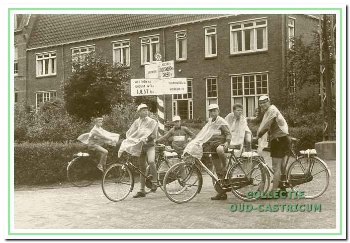 Een foto uit een regenachtig Friesland in 1961.