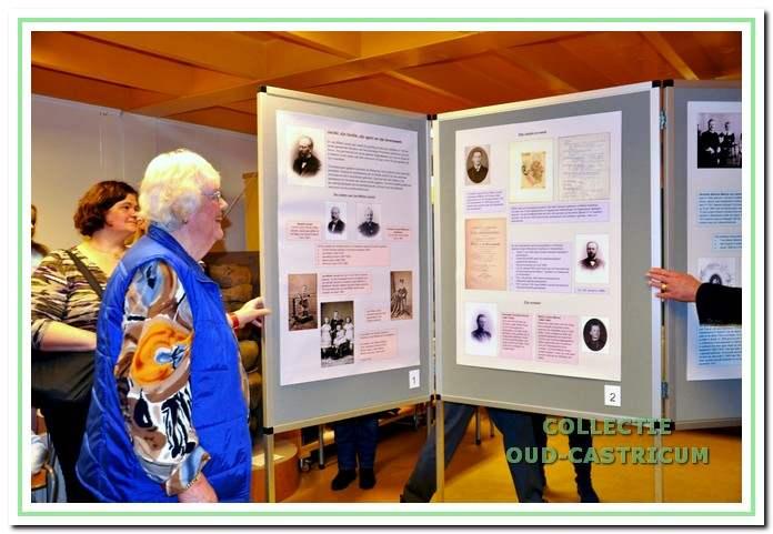 Miep Jacobi opent de tentoonstelling over het leven van haar grootvader Dr. Jacobi.