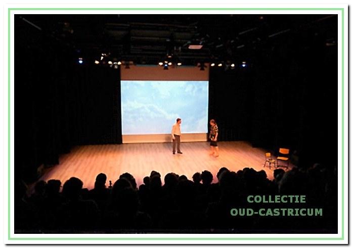 Voorstelling van de Toneelgroep Expressie in theaterzaal Koningsduyn op 2 juni 2018.