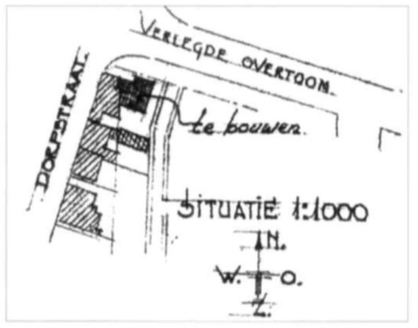 Op een bouwtekening uit 1950 is de uitbreiding van het hoekpand Dorpsstraat 35 aan de kant van de Verlegde Overtoom aangegeven.